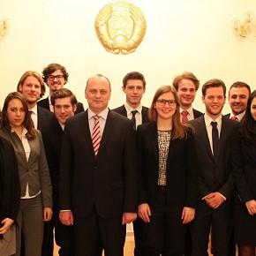 Besuch beim belarussischen Botschafter in Berlin